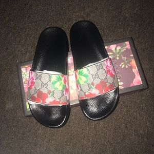 GG Bloom Supreme Slides